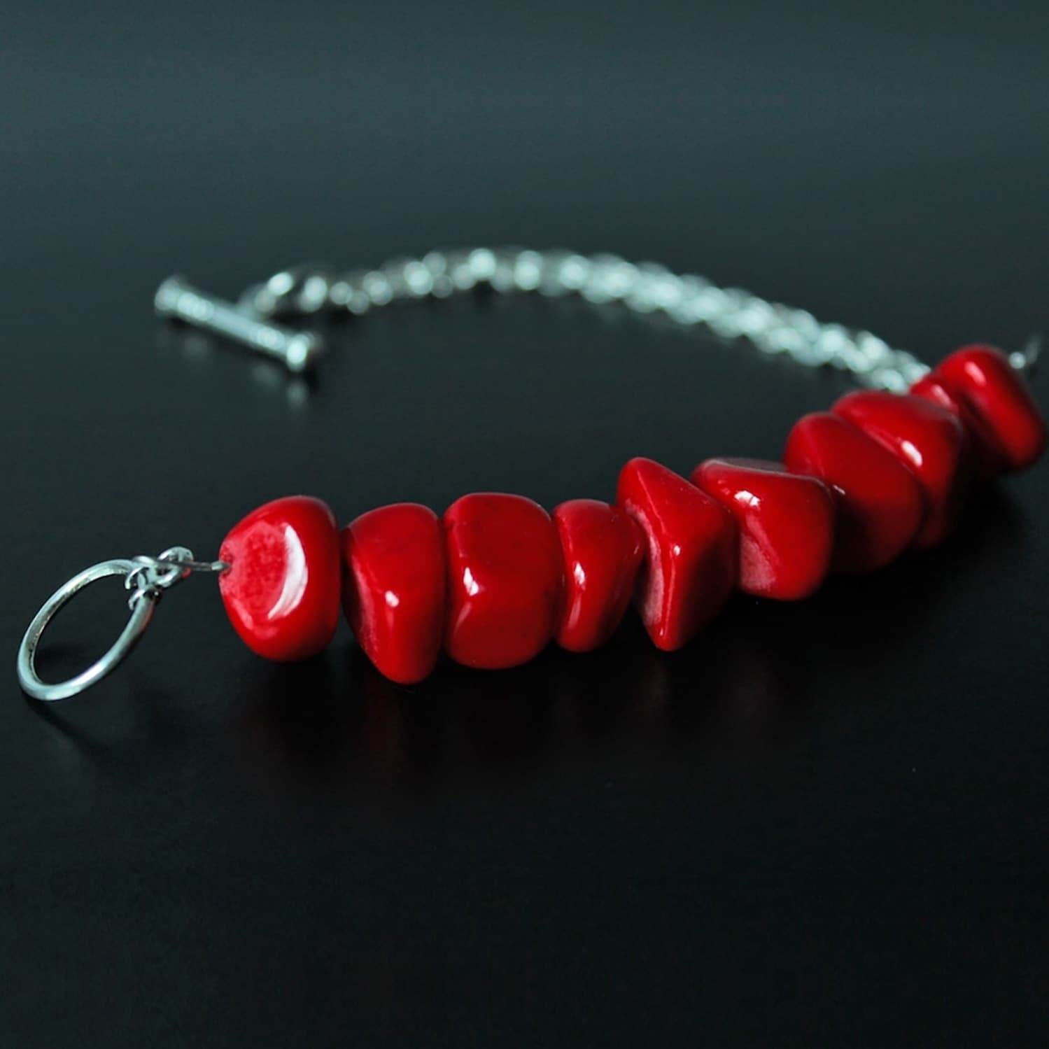 bracelet, jewellery, jade, semi precious stone, colour red, handmade