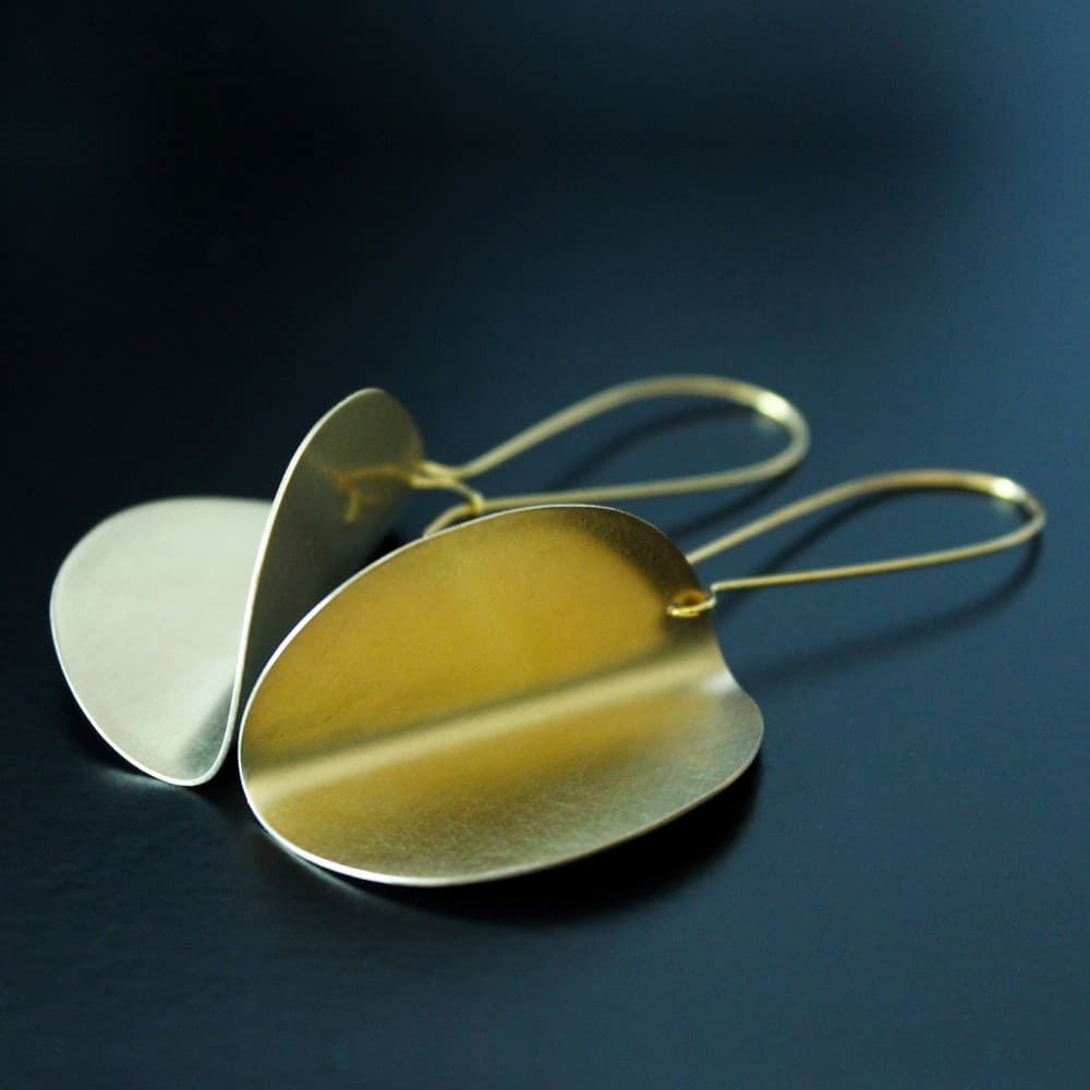 earrings,jewelry,handmade,metal,simple,brass